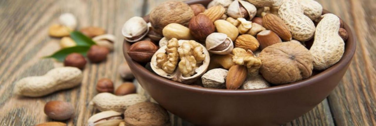 Are almonds cashews Pistachios Peanuts Walnuts an Aid to weight loss