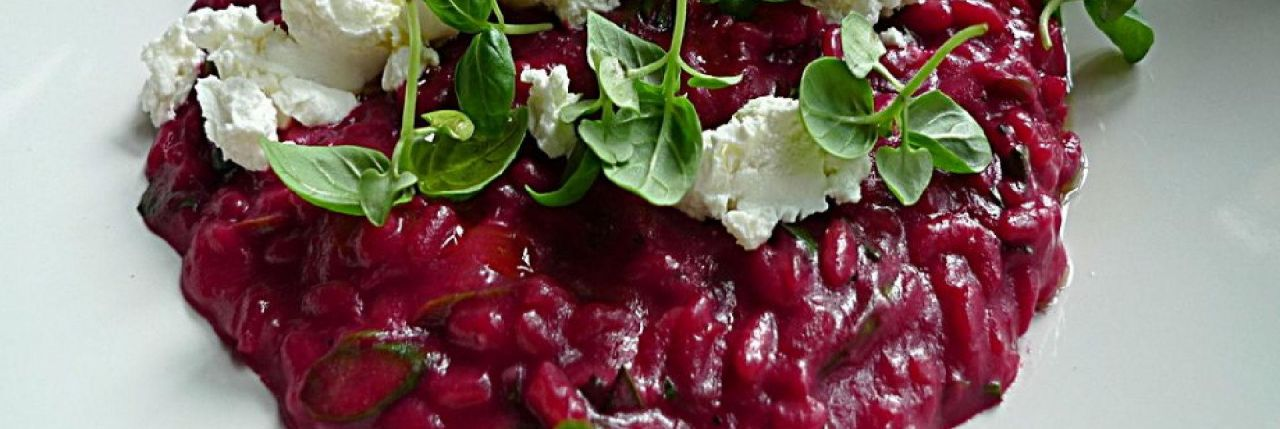 Healthy Beetroot Risotto with Crumbled Goat Cheese & Crunchy Walnuts Recipe Mevolife