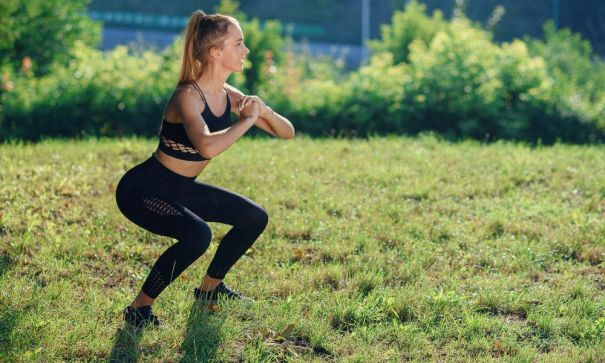 A-Booty-Kicking-Indoor-Workout-You-Can-Do-Anywhere-Mevolife