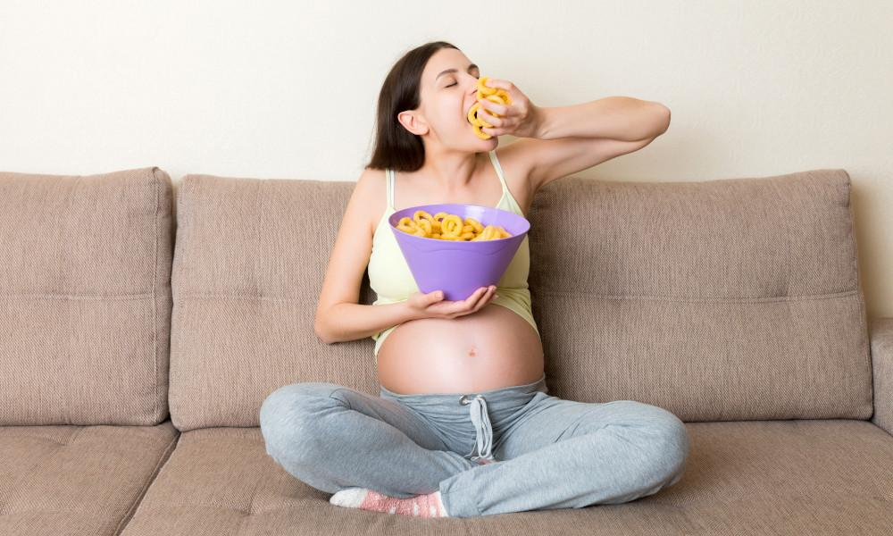 Food cravings during early pregnancy