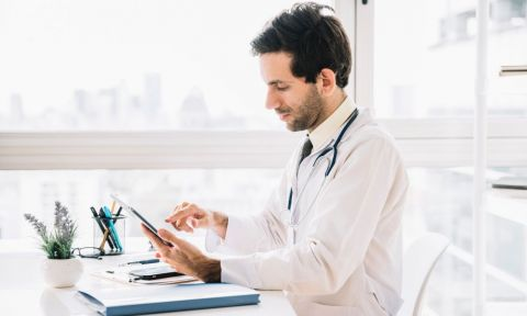 The Rise and Rise of Online Healthcare Industry - 2