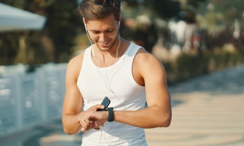 Your Fitness Wearable Can Help You Workout Better And Longer, Say Experts!-2